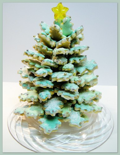 Key Lime Cookie Christmas Centerpiece