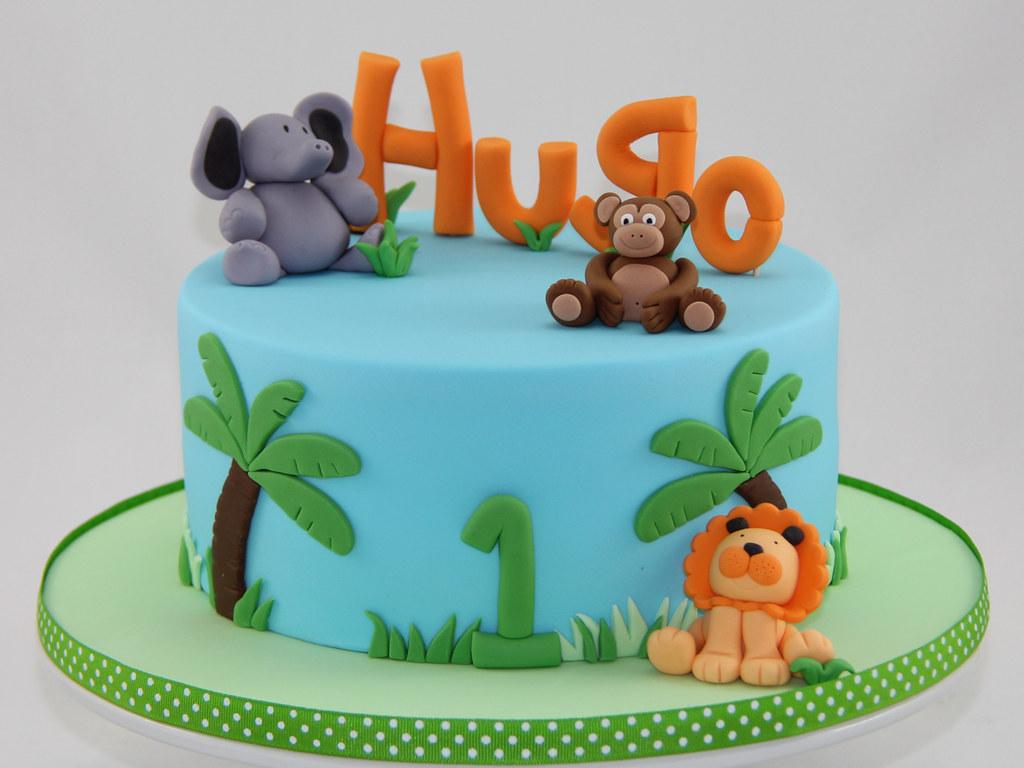 Enjoyable Jungle Birthday Cake I Love This Cake The Animals Were Flickr Funny Birthday Cards Online Inifodamsfinfo