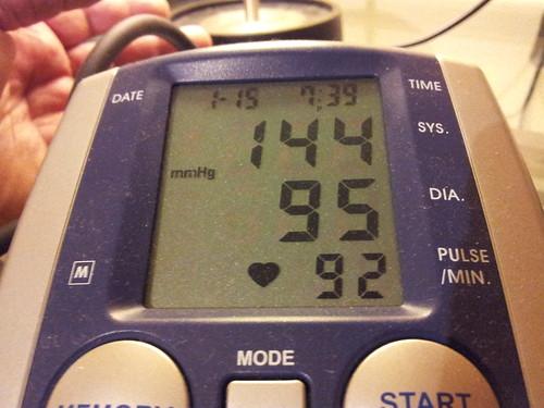 2012-01-15 19.39.33.jpg blood pressure / krevní tlak / ciśnienie krwi,