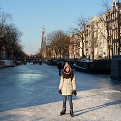 Samantha skating at the Westertoren