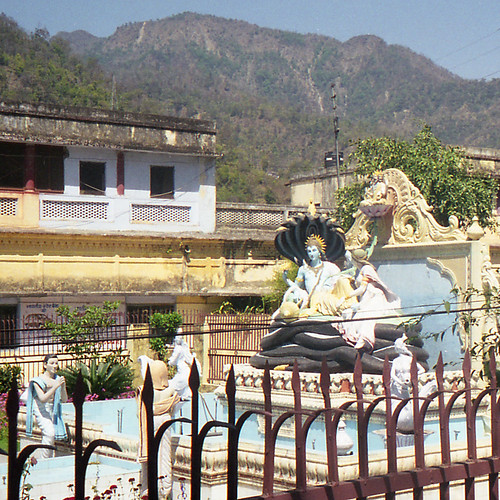 A Visit to Rishikesh's Swarg Ashram would be an Amazing Experience