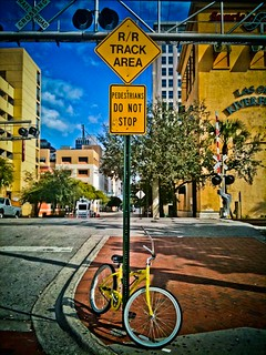 Bike locked to street sign | by sigma316