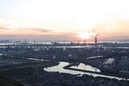 sunset sea chimney sky cloud sun canal overlook chemicalplant kurashiki mizushima dmcg1