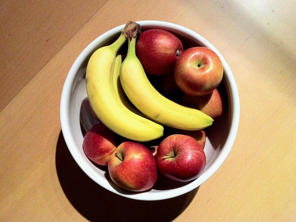 29 Nov 2011 - Apples and Bananas