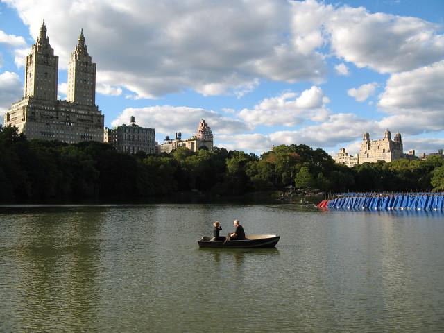 Romantic boatride on The Lake