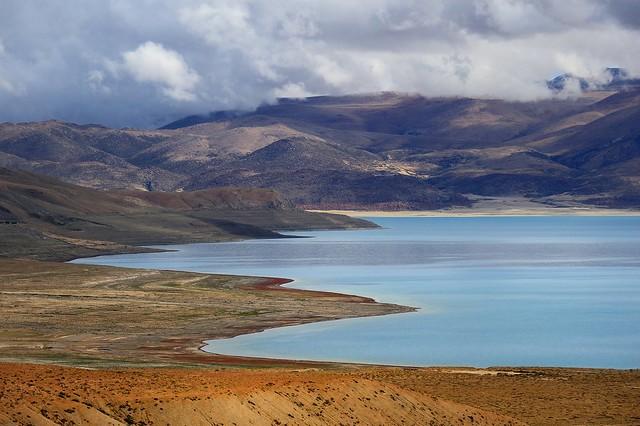 The north shore of Lake Pelkhu Tso, Tibet