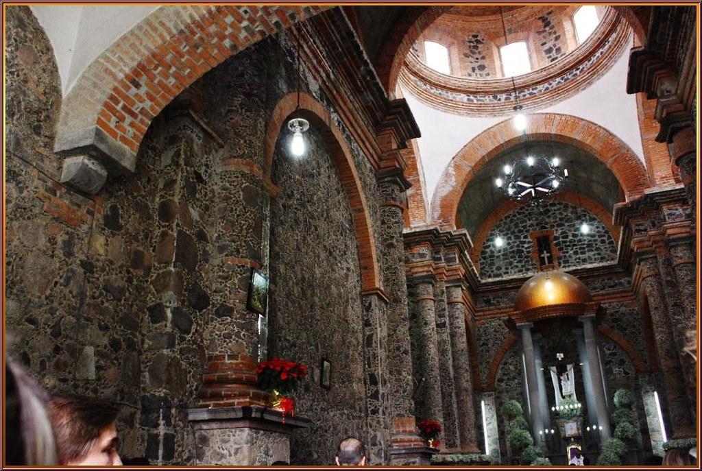 Interior del Santuario del Señor de la Misericordia