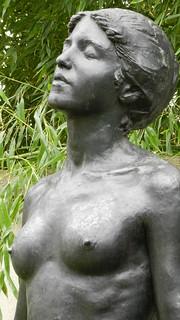 Le buste de la Femme de « L'Hymne à l'aurore » par Paul Landowski