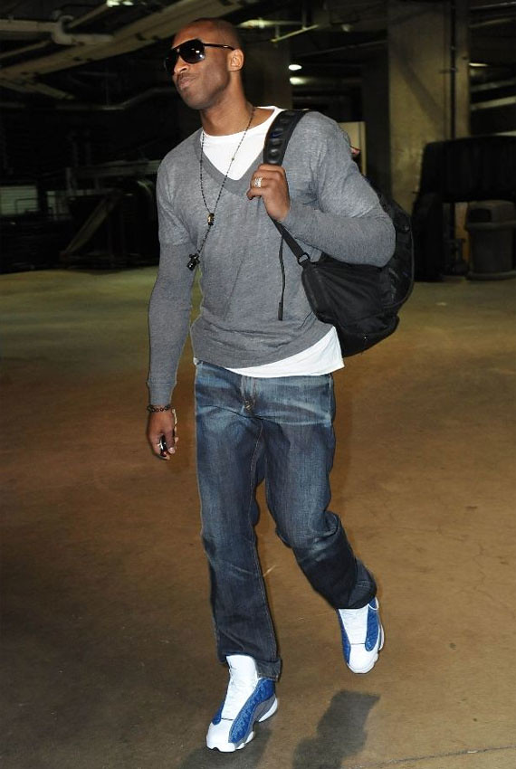 official photos 1f6f7 838d1 ... celebrity-feet-kobe-bryant-air-jordan-xiii-flint-