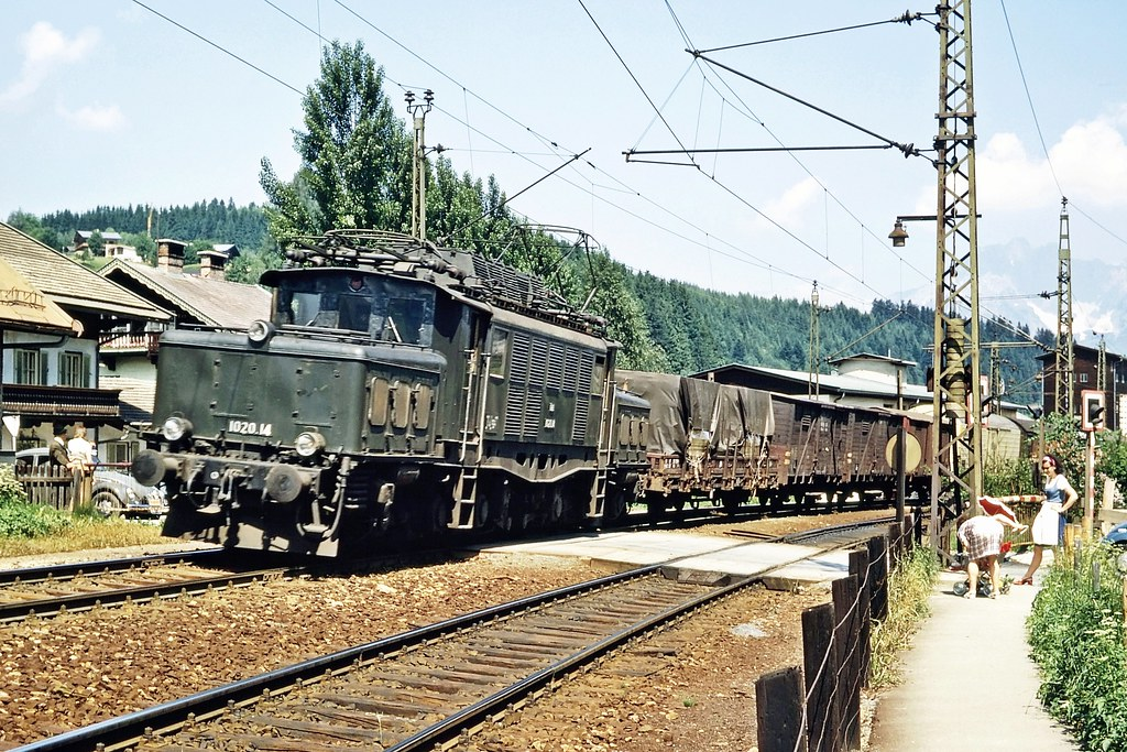 OBB 1020.14 Kitzbuhel 1973 Austrian Rail Photo ER1462