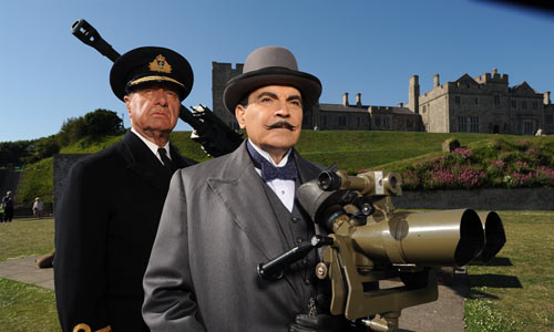 Geoffrey Palmer and David Suchet in The Clocks | by Ann Giles