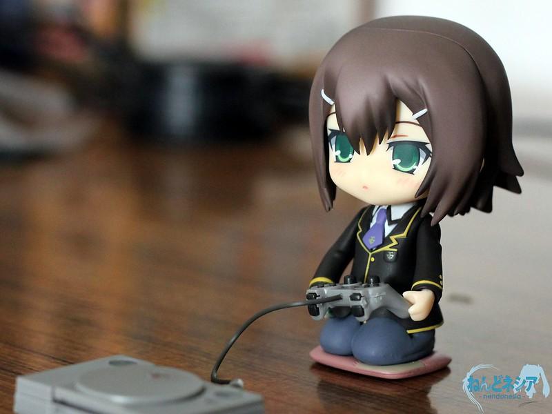 Nendoroid-sized Playstation?
