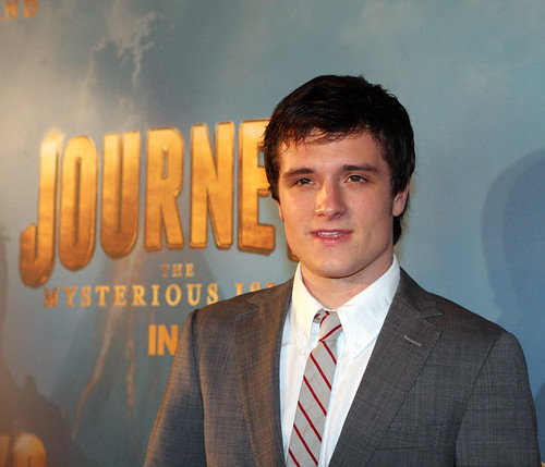 Josh Hutcherson | by Eva Rinaldi Celebrity and Live Music Photographer