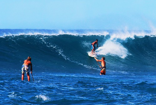 Stand up paddle surfing on the huge waves off Sunset Beach | by Peggy2012CREATIVELENZ