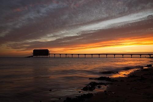 iow sony alpha a65 december 2016 sunrise bembridge lifeboatstation bembridgelifeboatstation sea seaweed beach