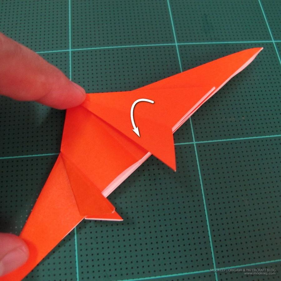 วิธีการพับกระดาษเป็นรูปไดโนเสาร์ (Origami Dinosaur) 006