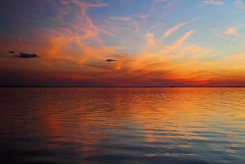 sunset sky lake reflection clouds twilight southcarolina lakemoultrie mdggraphix bonneaubeach lowcountrysunsets