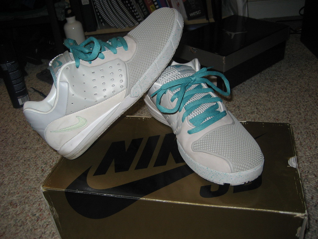 be50228ca1666 ... Nike Zoom Tre A.D. Marty McFly size 11.5