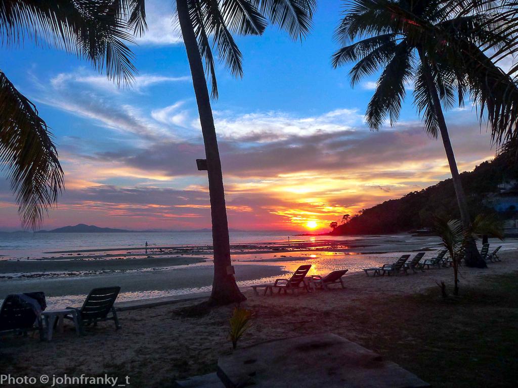 Dawn at phi phi island