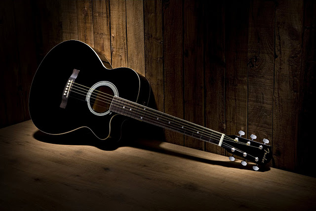 Black And White Fender Fa 130 Acoustic Guitar Cutaway Old Flickr