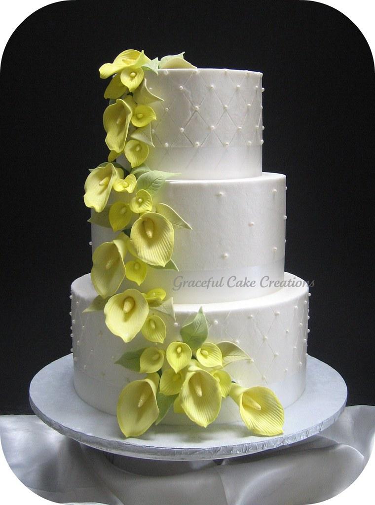 Elegant White Wedding Cake With Yellow Calla Lilies Flickr