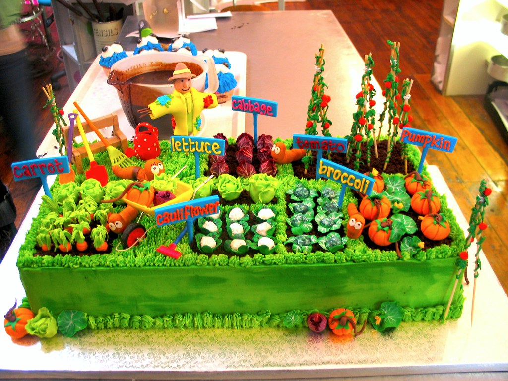 Incredible Danis Veggie Garden Birthday Cake For Earthchild Project Flickr Funny Birthday Cards Online Elaedamsfinfo