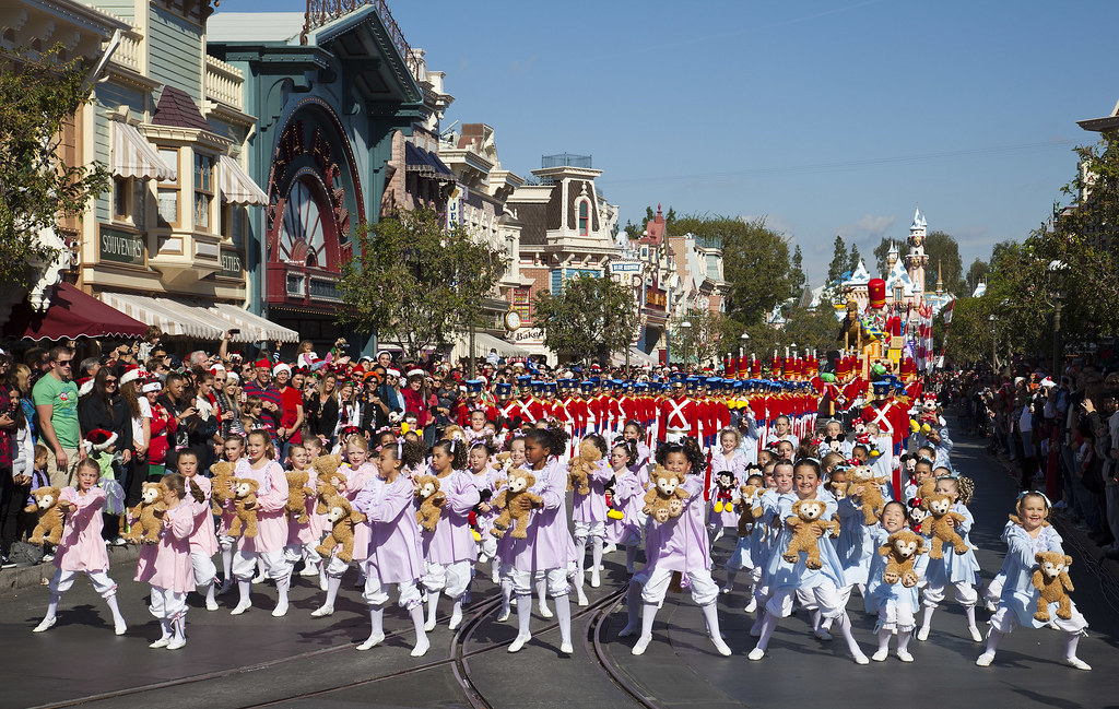 Christmas Day Parade.2011 Disney Parks Christmas Day Parade Airs December 25 On