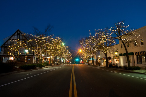 longexposure sunrise mainstreet connecticut ct christmaslights lighttrails bluehour ridgefield sigma1020mm fairfieldcounty christmaslightsonmainstreet