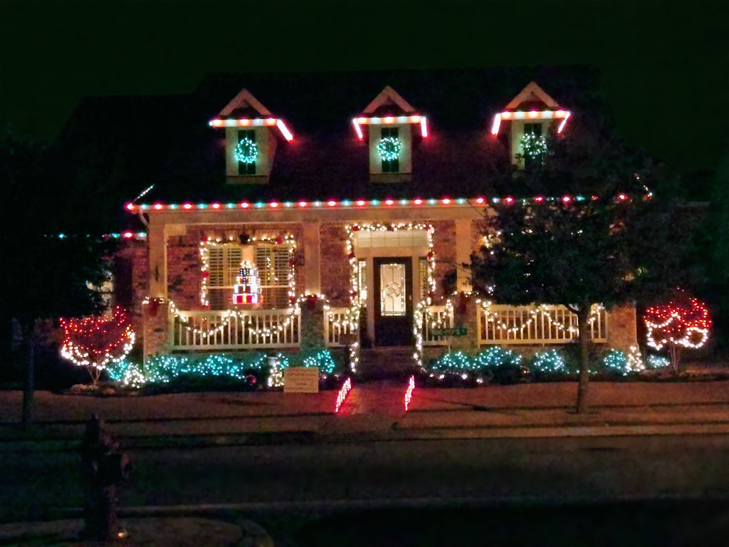 House With Christmas Lights.House With Christmas Lights Home Town Nrh A House Lit Up