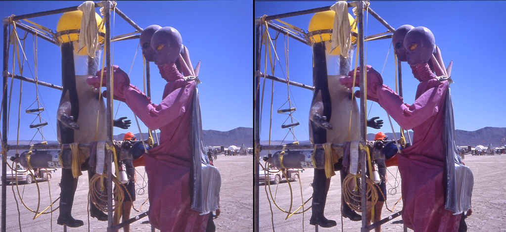 Burning Man 2004 Alien And Water Boy 3d Cross View Flickr