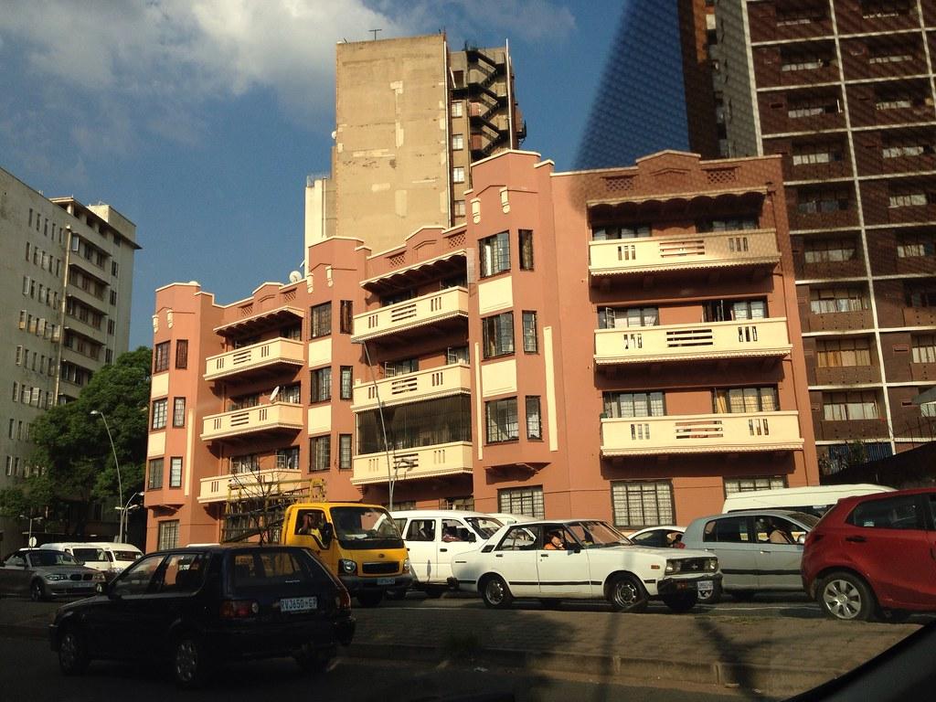Resultado de imagen de Jeppestown  Art deco apartment building