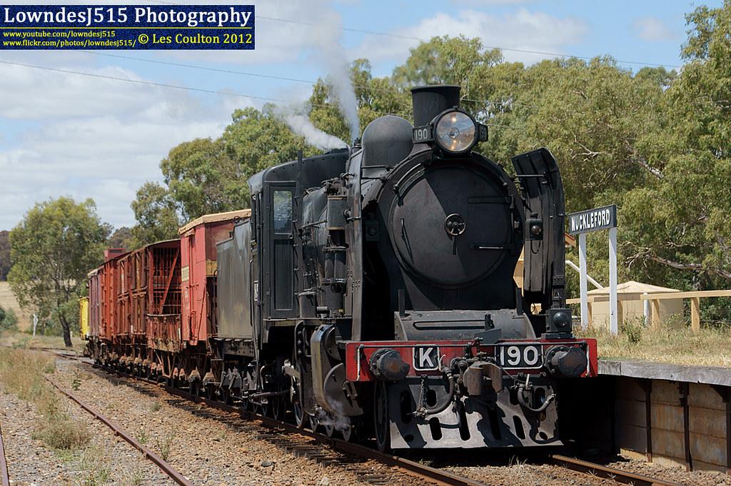 K190 at Muckleford by LowndesJ515