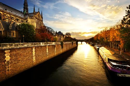 paris france sunrise notredame goldenhour daybreak seineriver jasonarney