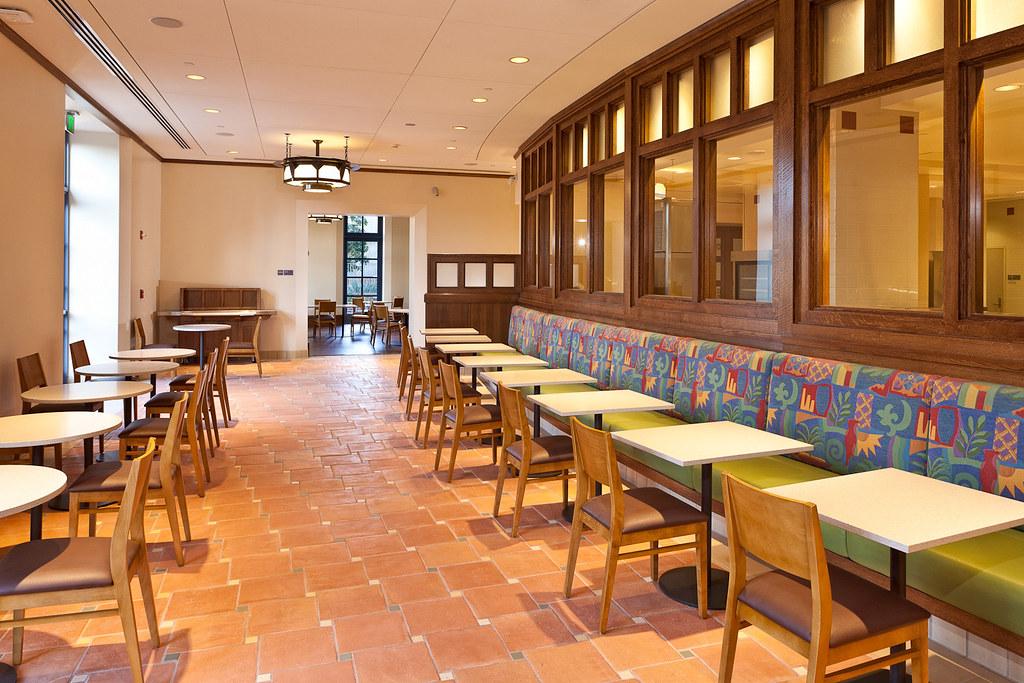 Cafeteria at UCLA Medical Center, Santa Monica | UCLA Health | Flickr