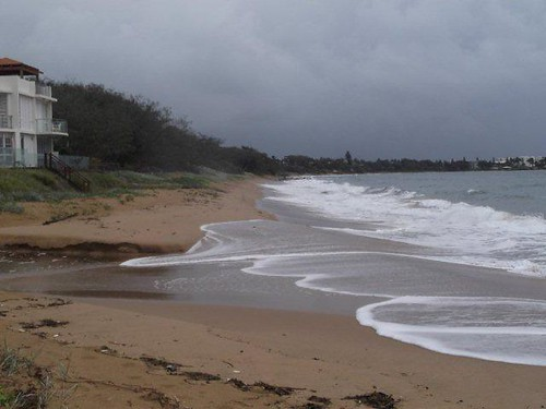 Archies Beach Bargara Qld at 9.06 AM 23/01/2012? | by Witness King Tides