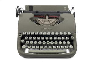 Swissa piccola typewriter | by shordzi