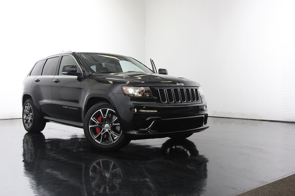2011 Jeep Grand Cherokee Srt 8 Black 22 Inch Rims 2011 Jee Flickr