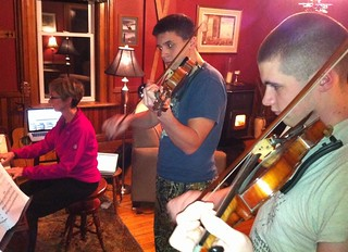 Day 4: #ds106radio debut: Fiddles from the Farm | by hdurnin