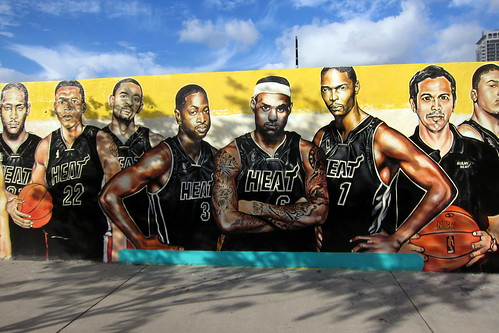 Miami - Edgewater: Serge's Miami Hear mural | by wallyg