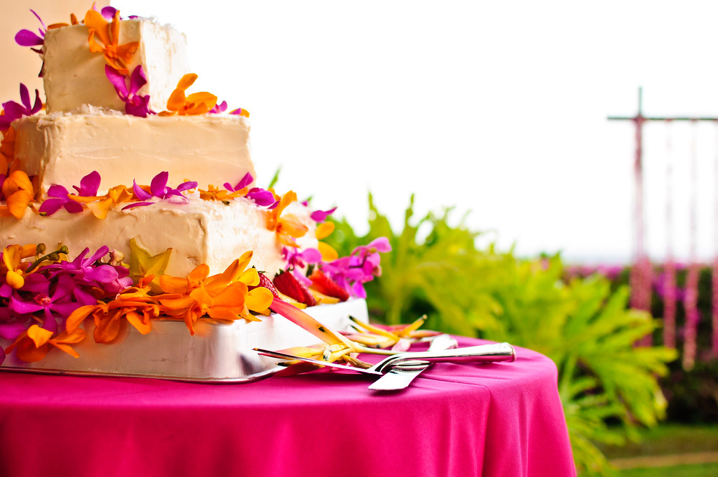 Hawaiian Wedding Cake.Hawaiian Wedding Cake Mo S Wedding Cake Creation At Scott Flickr
