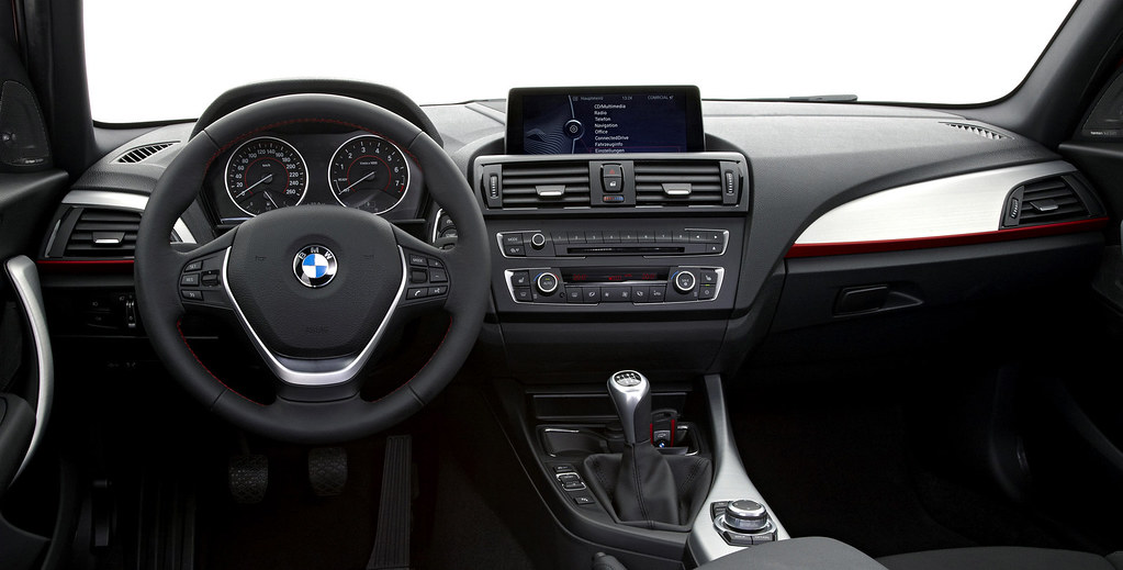 Bmw F20 Interior The New Bmw 1 Series Sport Line 06 2011 Flickr