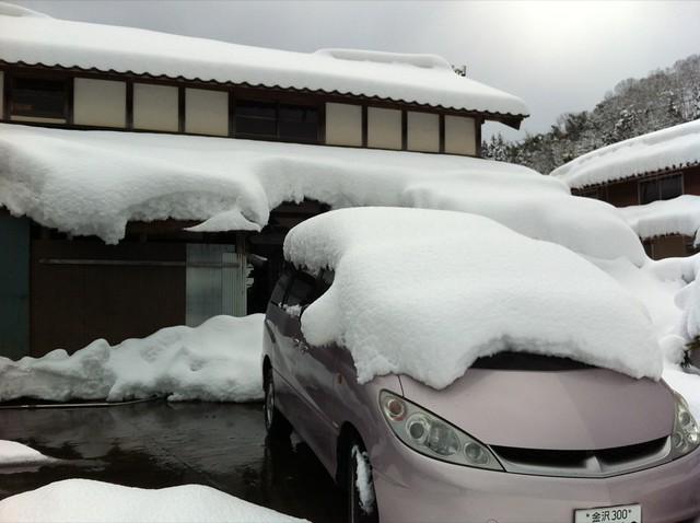 雪道とエスティマハイブリッド 2回目の冬