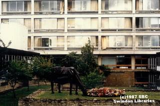 1987: 'Cow' by Tom Gleeson, Princess Margaret Hospital, Swindon (2)