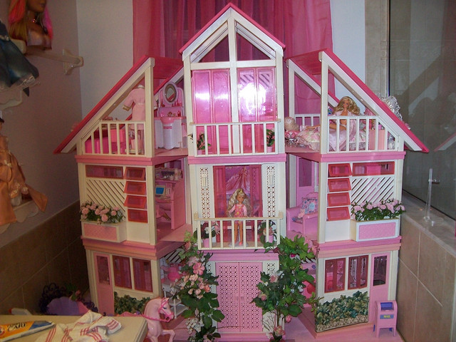 Stanley) Barbie Dream House