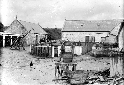 Farmyard at Berryhillock Mill, Deskford circa 1920 | by Cullen Deskford & Portknockie Heritage - Moray Con