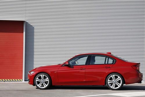 2012_BMW_3_Series....008 Photo