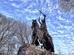 King Jagiello statue.