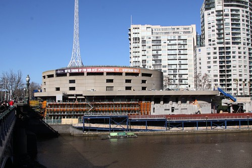 Building the new Hamer Hall forecourt beside the Yarra River