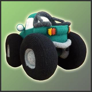 How to crochet a cuddly little fire truck   320x320