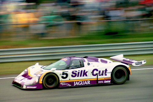 Jaguar XJR-8 - Jan Lammers, Win Percy & John Watson approa ...